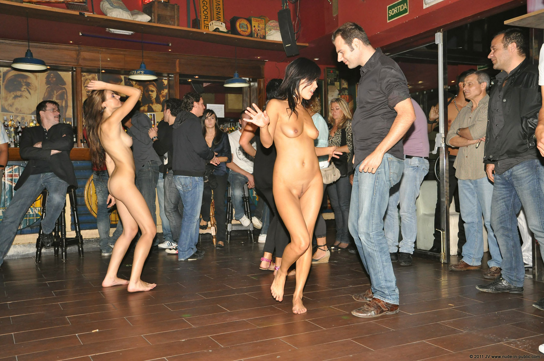 Nude In Public - Page 5 - Sex, Porn  Other Nsfw Content -5145