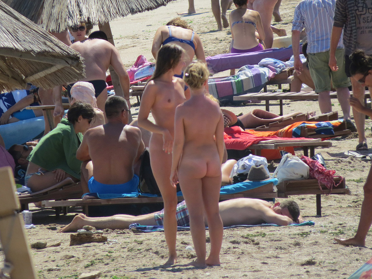 naked beach cam