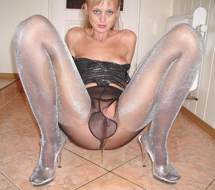 Pissing in pantyhose, jack off cumshots fraternity