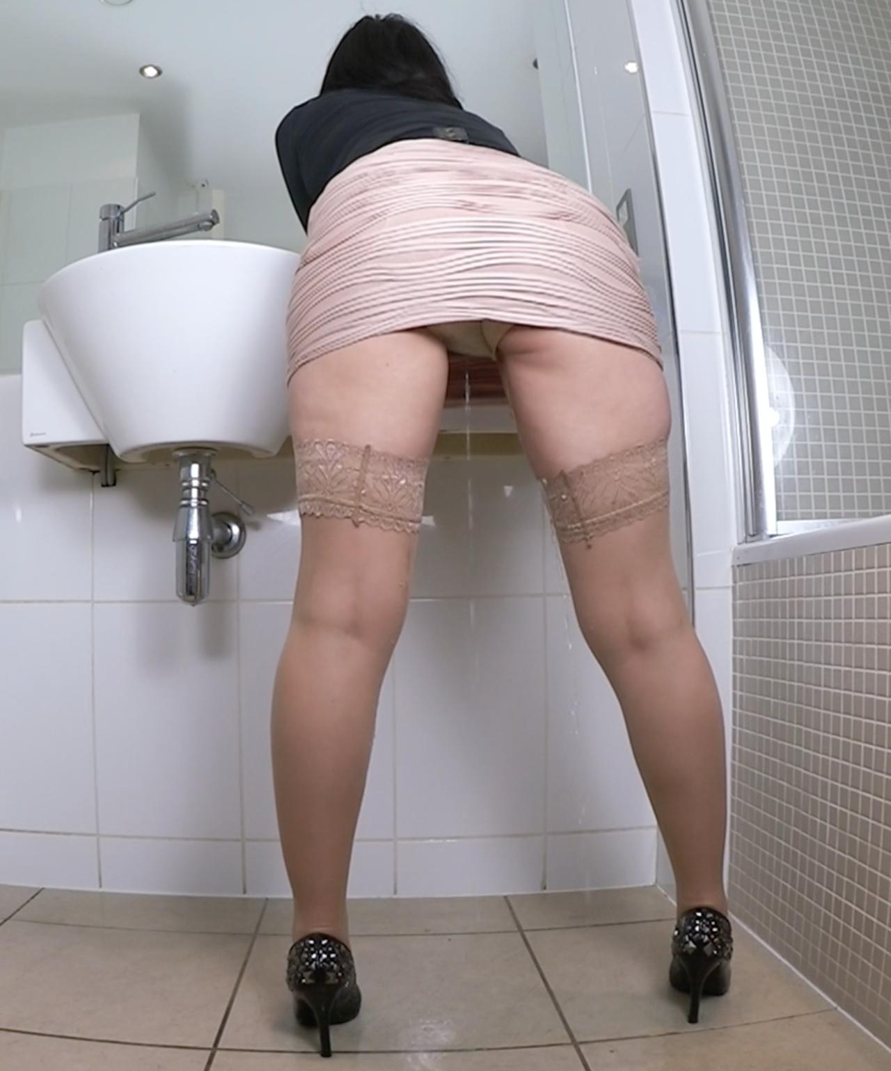 Pissing In Plastic Panties