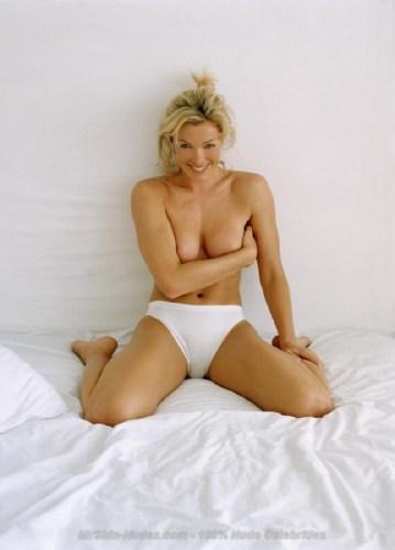 Nell-McAndrew-Naked-Pics-5.jpg