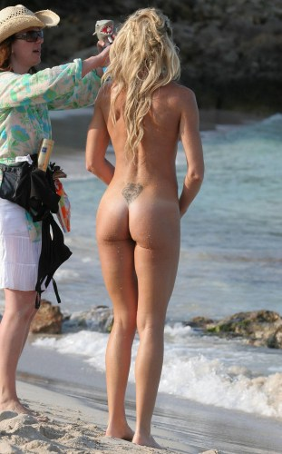 nell-mcandrew-nude-celebrity-at-the-beach-and-shaved-pussy-hq.jpg