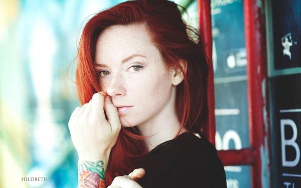 6943189-redhead-girl-freckles.jpg