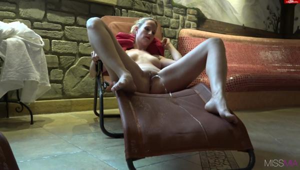sofa18.png