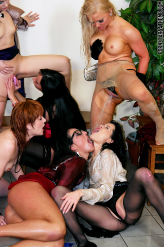 lesbian mouth5.png
