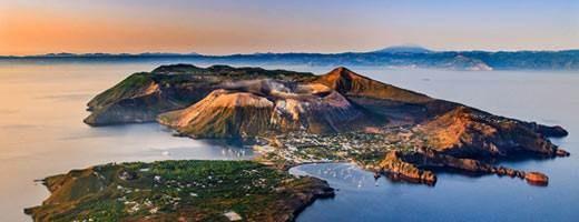 Vulcano, Aeolian Islands, Italy.jpg