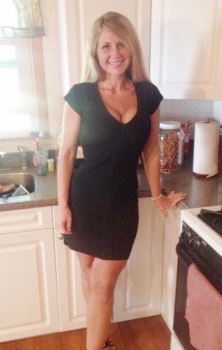 MILF sexy black dress.png